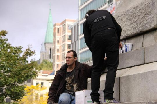 Plastering the Statue of Victoria Occupy Montreal