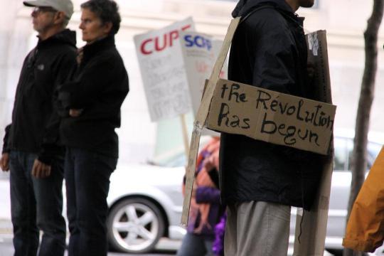 Occupy Montreal pic Revolution